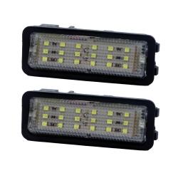 چراغ سقف خودرو هایپرتک کد P031 مناسب برای پژو بسته دو عددی