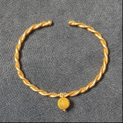 دستبند النگویی طلا 18 عیار زنانه قیراط مدل GH31