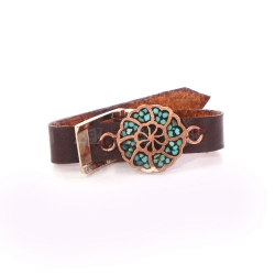 دستبند دستساز زنانه آرانیک مدل چرمی با تزیین فیروزه کوبی کد 1511600035