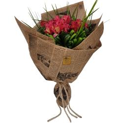 دسته گل کلبه گل سن سون مدل DG-11012