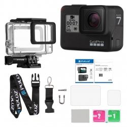 دوربین فیلم برداری ورزشی گوپرو مدل HERO7 Black Quick Stories به همراه قاب ضد آب و بندآویز و محفظ صفحه و لنز پلوز