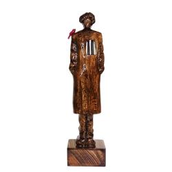 مجسمه چوبی مدل آدم تنها و پرنده کد 01