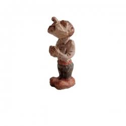 مجسمه چوبی طرح دعا کردن کد 06