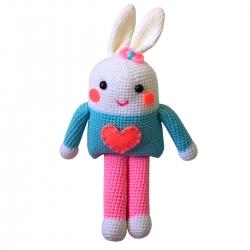 عروسک بافتنی طرح خرگوش کد C08